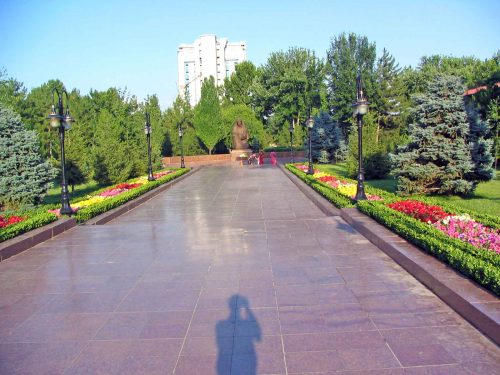 The Path To The Eternal Flame In Tashkent